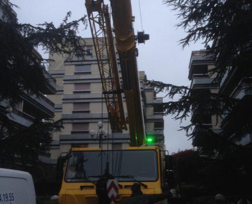Les Menuisiers Girondins étaient au Bouscat pour un chantier en dépose et pose totale pour une baie coulissante au 5ème étage, à 60m du sol - 1
