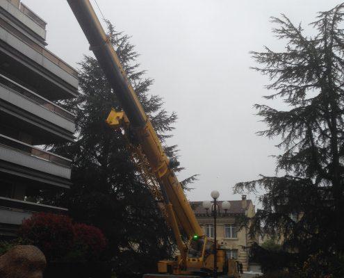 Les Menuisiers Girondins étaient au Bouscat pour un chantier en dépose et pose totale pour une baie coulissante au 5ème étage, à 60m du sol - 3