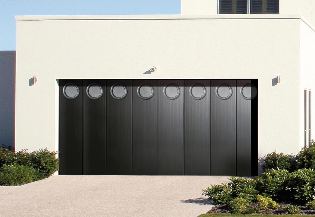 Portes de garage sectionnelles les menuisiers girondins - Porte sectionnelle laterale ...